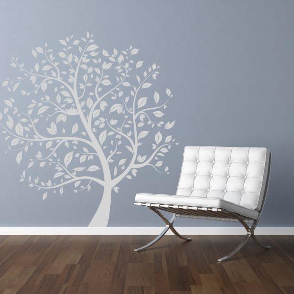 listnaty strom